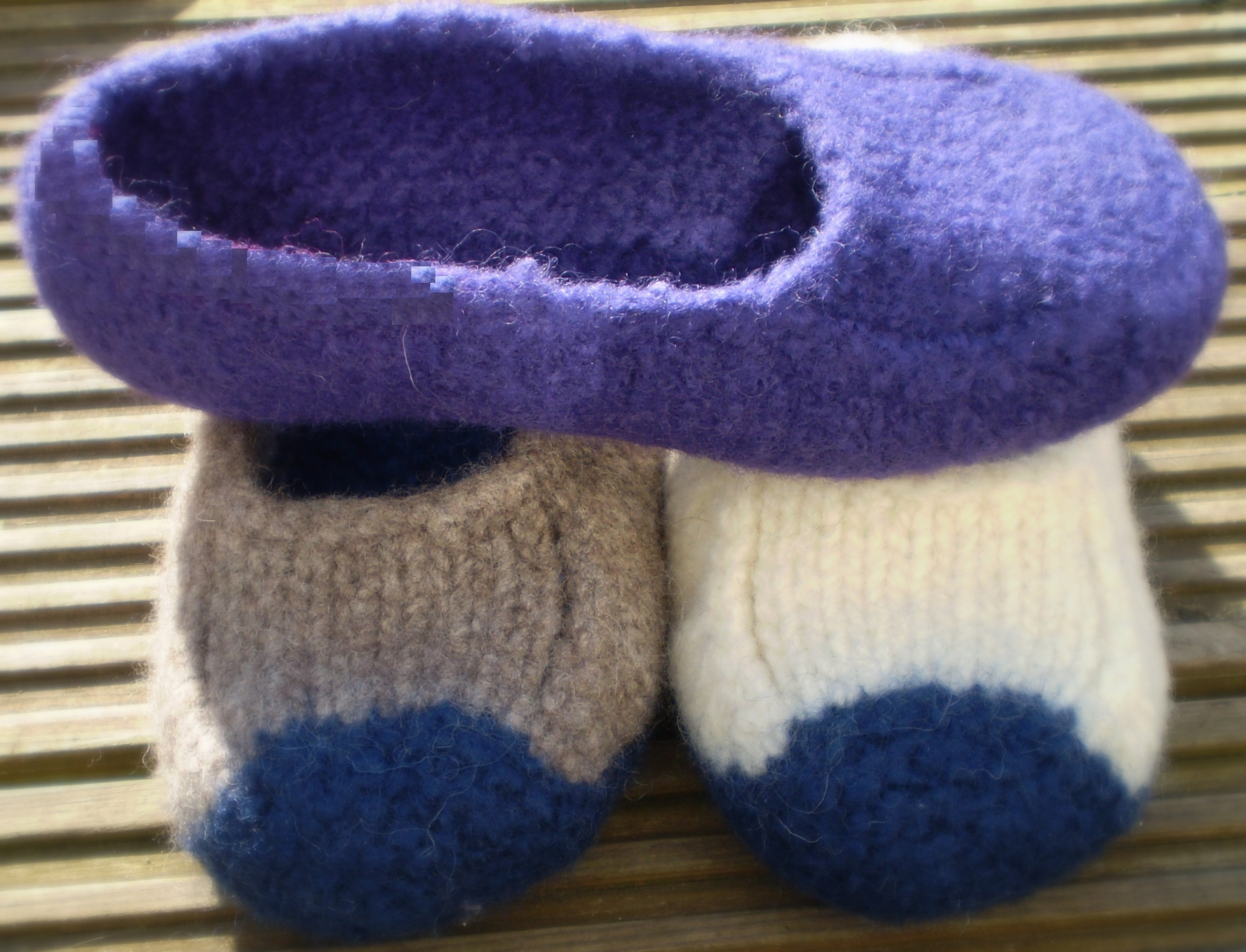 Knitting Pattern For Felted Slippers : Duffers   Original Mindie Designs...